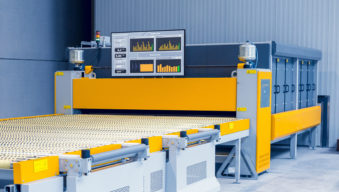 Glaston Insight at ProL laminating line